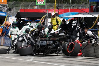Spencer Pigot, Ed Carpenter Racing Chevrolet, pit stop
