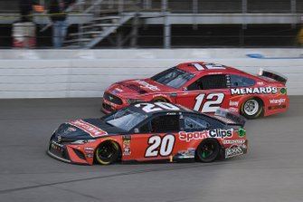 Erik Jones, Joe Gibbs Racing, Toyota Camry Craftsman / Sport Clips, Ryan Blaney, Team Penske, Ford Mustang Menards/Wrangler Riggs