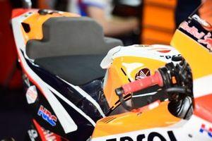 Jorge Lorenzo, Repsol Honda Team, tank