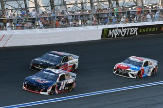William Byron, Hendrick Motorsports, Chevrolet Camaro Liberty Patriotic,Aric Almirola, Stewart-Haas Racing, Ford Mustang Smithfield,Kyle Busch, Joe Gibbs Racing, Toyota Camry M&M's Red, White & Blue