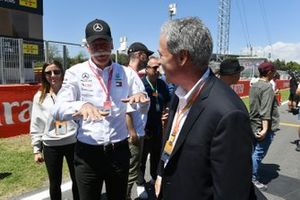 Dr Dieter Zetsche, CEO, Mercedes Benz, and Chase Carey, Chairman, Formula 1, on the grid
