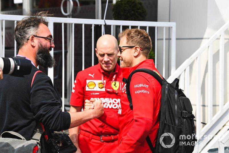 Sebastian Vettel, Ferrari and Jock Clear, Race Engineer, Ferrari