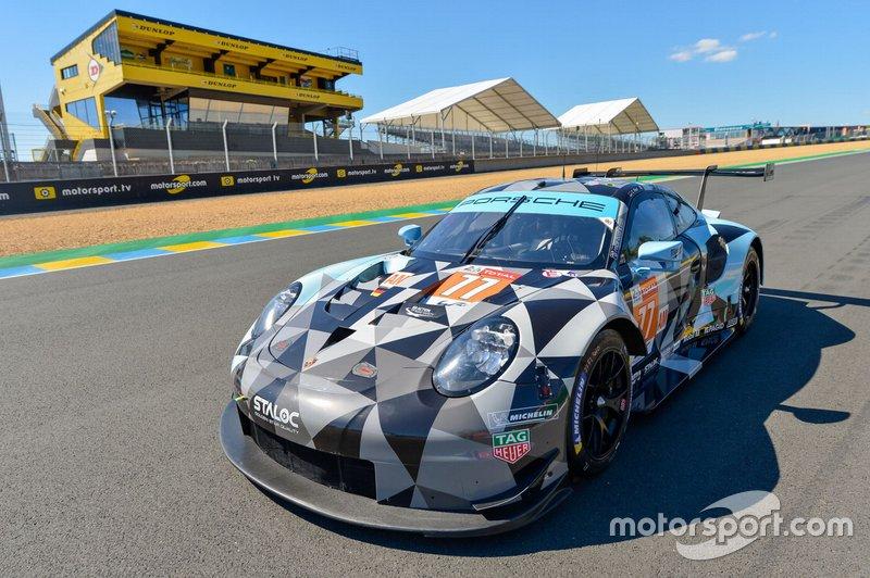 №77 Porsche 911 RSR