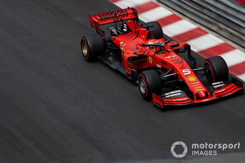 4. Себастьян Феттель (Ferrari) – 1:10,947