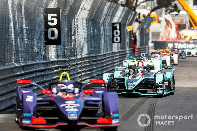 Sam Bird, Envision Virgin Racing, Audi e-tron FE05 Mitch Evans, Panasonic Jaguar Racing, Jaguar I-Type 3