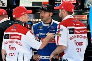 Paul Menard, Wood Brothers Racing, Ford Mustang Quick Lane Tire & Auto Center and Greg Erwin
