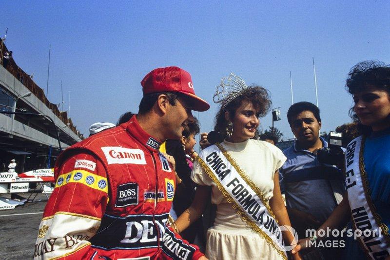 Nigel Mansell, Williams con las chicas del concurso de belleza
