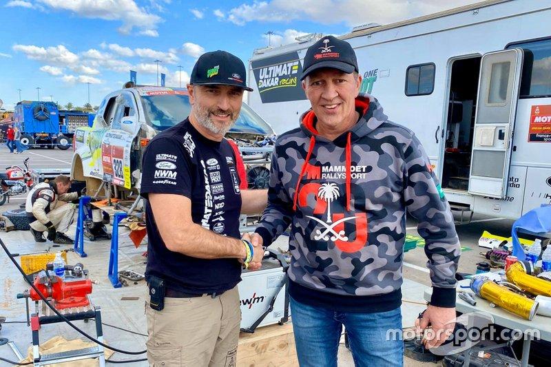 #506 Mammoet Rallysport Reanult: Martin Van Den Brink, #328 Neil Woolridge Motorsport Ford: Tomas Ourednicek