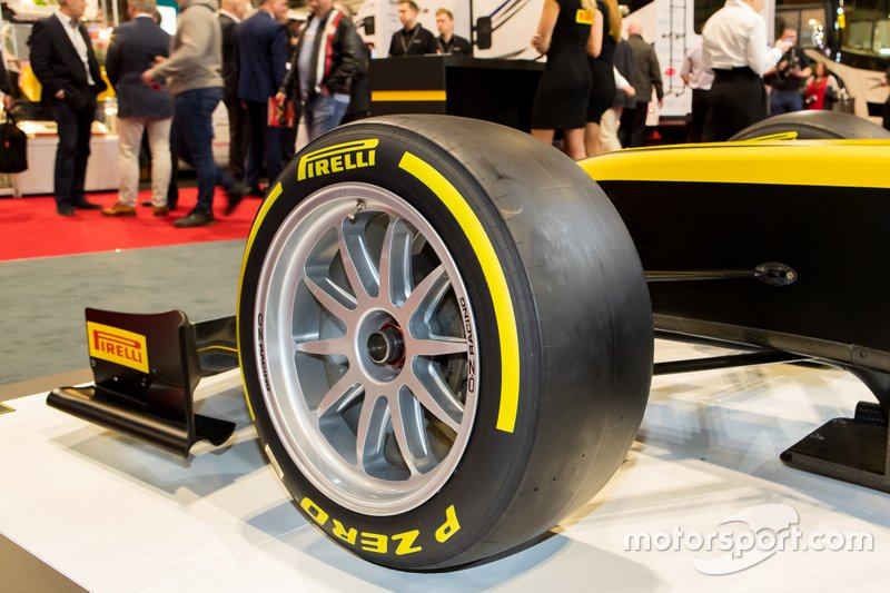 Pirelli Motorsport unveils the 18-inch F2 tyres for 2020