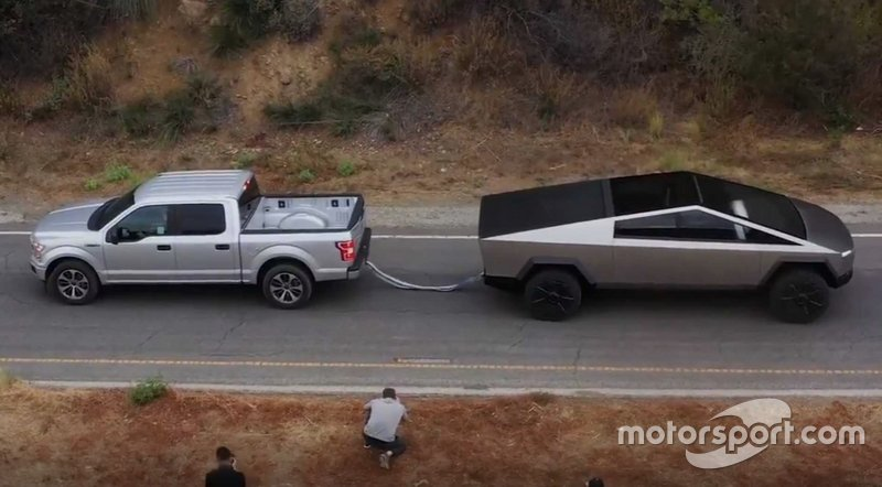 Tesla Cybertruck vs. Ford F-150