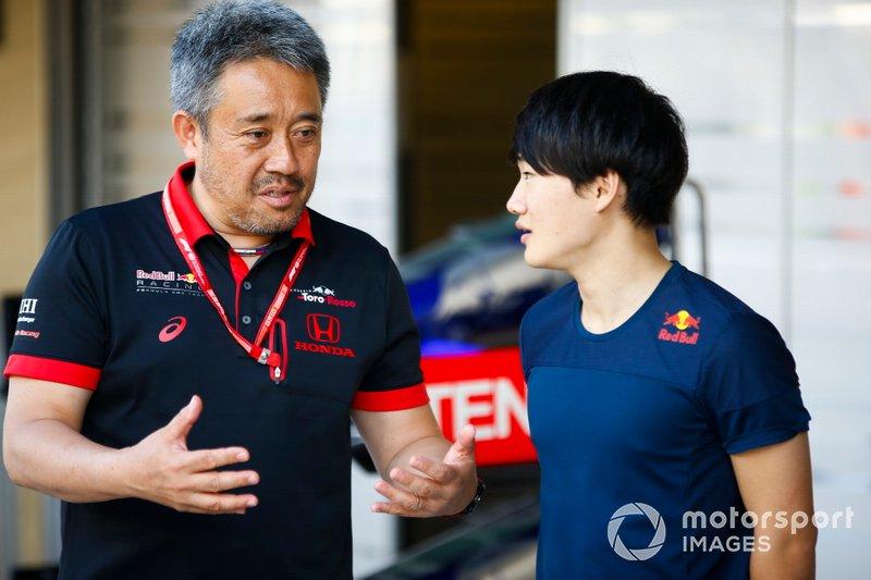Masashi Yamamoto, General Manager, Honda Motorsport, e il pilota di F3 Yuki Tsunoda