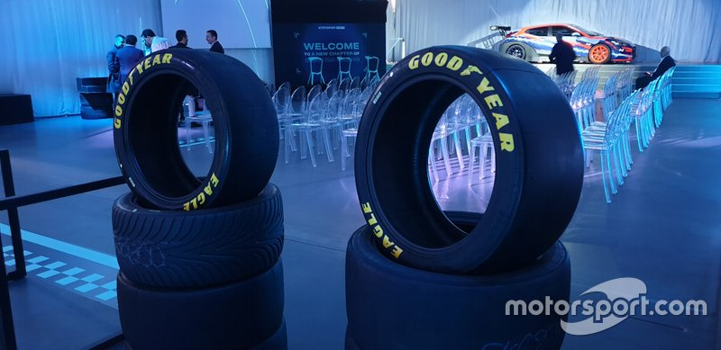 Goodyear ETCR Tires