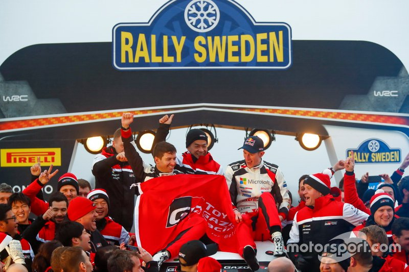 Elfyn Evans, Scott Martin, Toyota Gazoo Racing WRT Toyota Yaris WRC con il team
