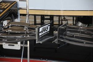 Haas F1 Team VF-19, detail front wing