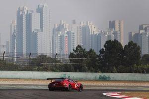 Салих Йолудж, Чарли Иствуд и Джонатан Адам, TF Sport, Aston Martin Vantage AMR (№90)