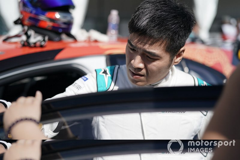Zhang Yaqi, Jaguar China Racing on the grid