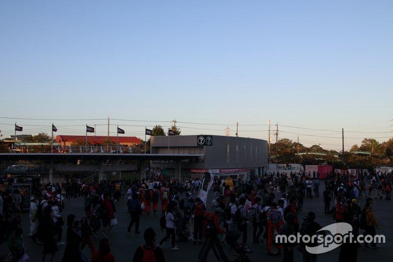 Suzuka circuit, Fans