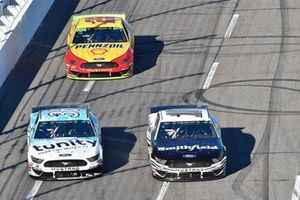 Aric Almirola, Stewart-Haas Racing, Ford Mustang Smithfield, David Ragan, Front Row Motorsports, Ford Mustang MDS Transport, Joey Logano, Team Penske, Ford Mustang Shell Pennzoil
