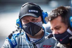 #63 DXDT Racing Mercedes-AMG GT3: Ryan Dalziel