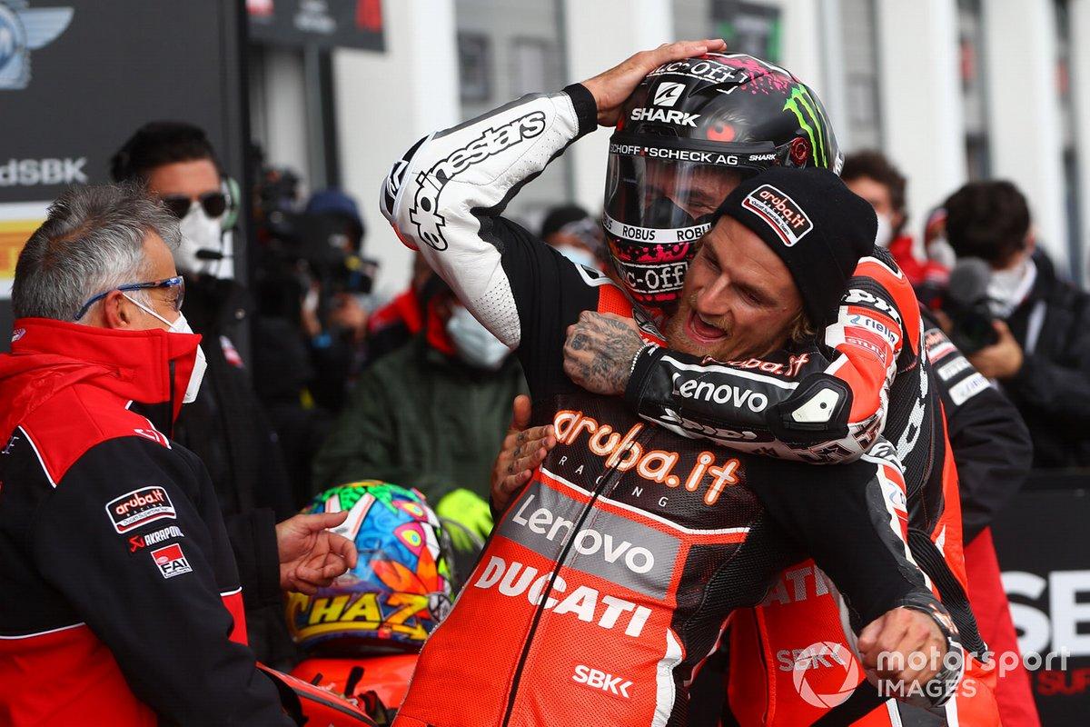 Il vincitore Scott Redding, Aruba.it Racing Ducati, terzo posto Chaz Davies, ARUBA.IT Racing Ducati