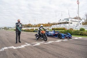 Karun Chandhok, Envision Virgin Racing Gen-2 ABB Formua E car, races drone pilot Luke Bannister and the all-electric Harley Davidson LiveWire