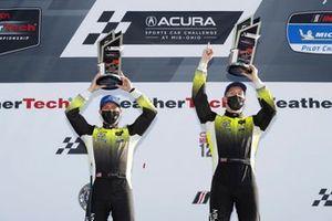 #14 AIM Vasser Sullivan Lexus RC-F GT3, GTD: Jack Hawksworth, Aaron Telitz, podium
