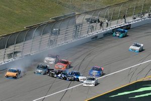 Raphael Lessard, Kyle Busch Motorsports, Toyota Tundra SiriusXM wreck