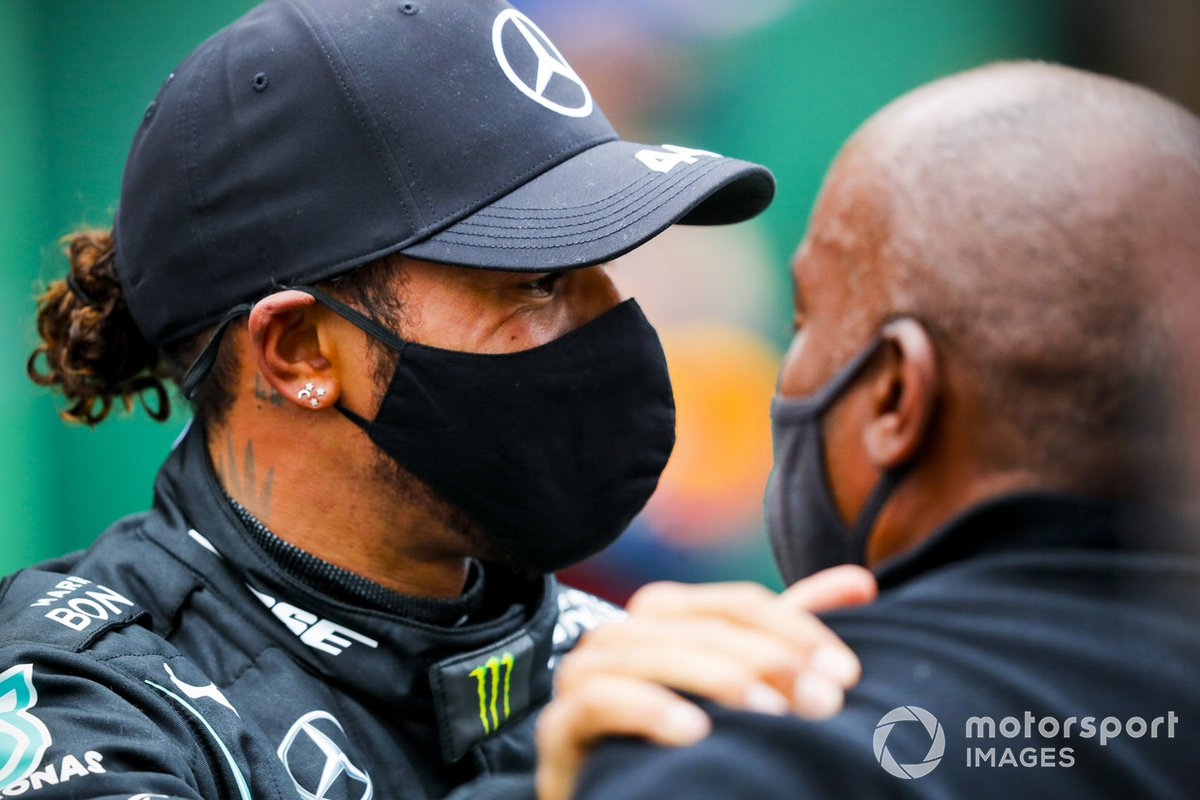 Race Winner Lewis Hamilton, Mercedes F1 celebrates in Parc Ferme with his father Anthony Hamilton