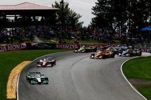 Startcrash: Felix Rosenqvist, Chip Ganassi Racing Honda, Alex Palou, Dale Coyne Racing with Team Goh Honda
