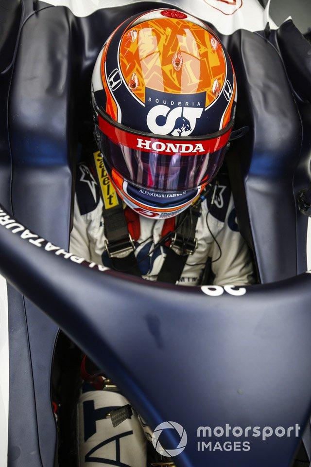 Yuki Tsunoda, Honda Formula Dream Project sits in his car