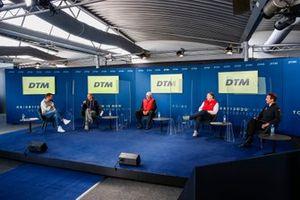 Matthias Killing, SAT1 TV, Gerhard Berger,président de l'ITR, Chris Reinke, directeur d'Audi Customer Racing, Lutz Leif Linden, AvD, Thomas Jaeger, AMG