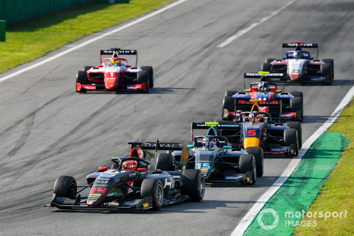 Enzo Fittipaldi, HWA Racelab, Jake Hughes, HWA Racelab, Liam Lawson, Hitech Grand Prix y Oscar Piastri, Prema Racing