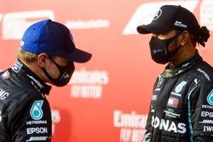 Valtteri Bottas, Mercedes-AMG F1 and Race winner Lewis Hamilton, Mercedes-AMG F1 on the podium
