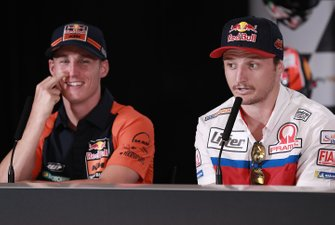 Пол Эспаргаро, Red Bull KTM Factory Racing, и Джек Миллер, Alma Pramac Racing