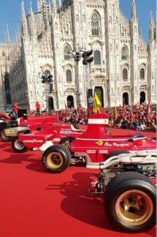 Monoplazas en la fiesta de Ferrari