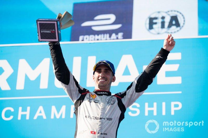 Sébastien Buemi, Nissan e.Dams, festeggia sul podio