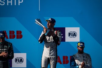 Race winner Sébastien Buemi, Nissan e.Dams celebrates on the podium