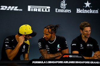 Daniel Ricciardo, Renault F1 Team, Lewis Hamilton, Mercedes AMG F1 and Romain Grosjean, Haas F1 in the Press Conference