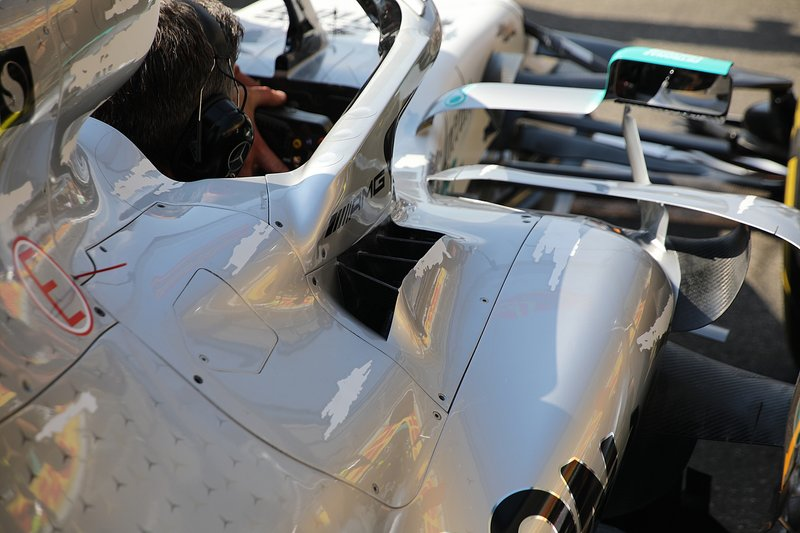 Область кокпита Mercedes F1 W10