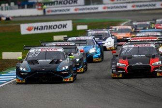Daniel Juncadella, R-Motorsport, Aston Martin Vantage AMR, Jonathan Aberdein, Audi Sport Team WRT, Audi RS 5 DTM