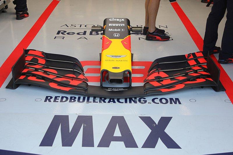 Max Verstappen, Red Bull Racing RB15 alerón delantero detalle