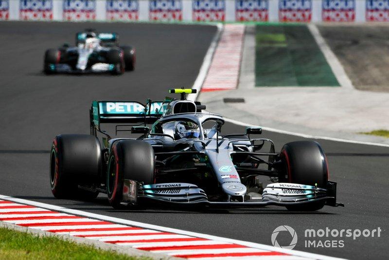 2: Valtteri Bottas, Mercedes, 1min14s590