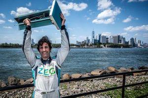 Sérgio Jimenez, campeão do Jaguar I-PACE eTROPHY