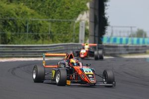 Dennis Hauger, Van Amersfoort Racing, Hungaroring