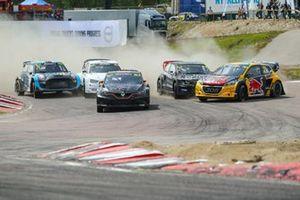 Рокас Бациушка, GCK Academy, Renault Megane R.S. RX, и Кевин Хансен, Team Hansen MJP, Peugeot 208 WRX