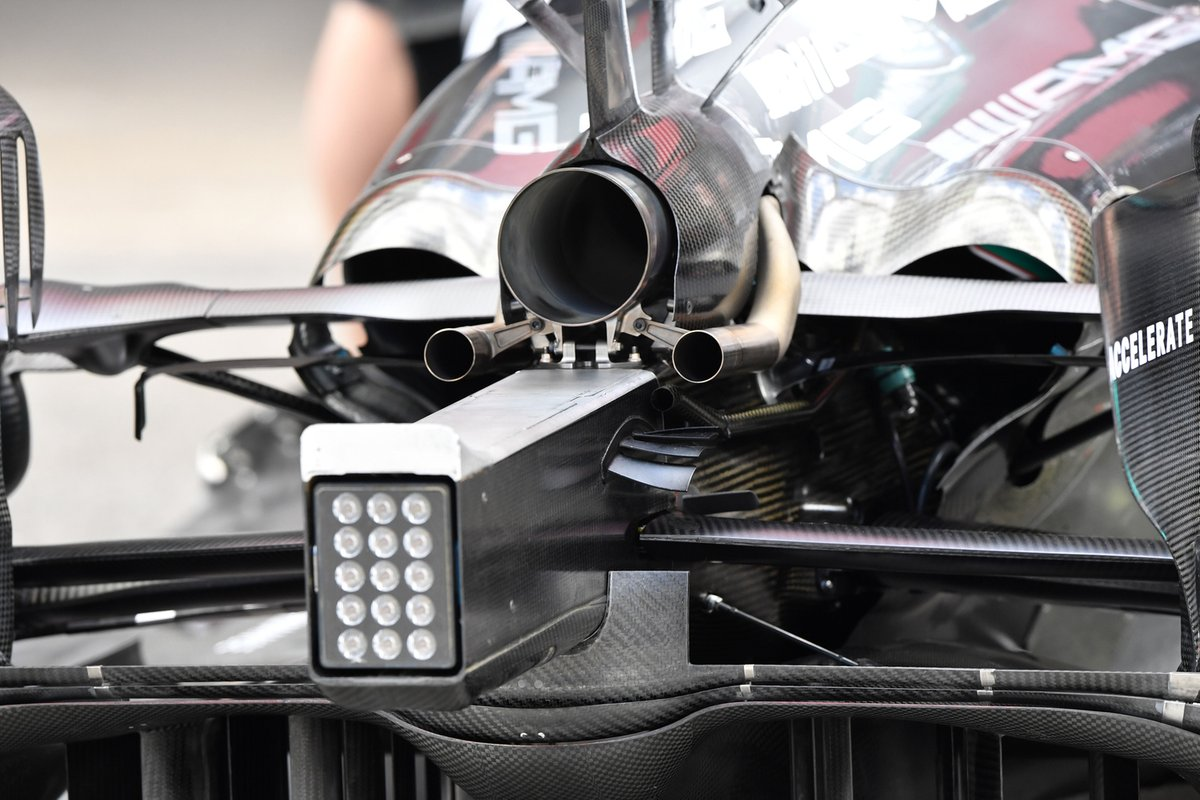 Mercedes W12 rear detail