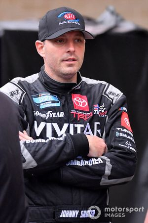 Johnny Sauter, ThorSport Racing, Toyota Tundra AHI Facility Services
