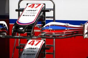 Front wings of Mick Schumacher, Haas VF-21