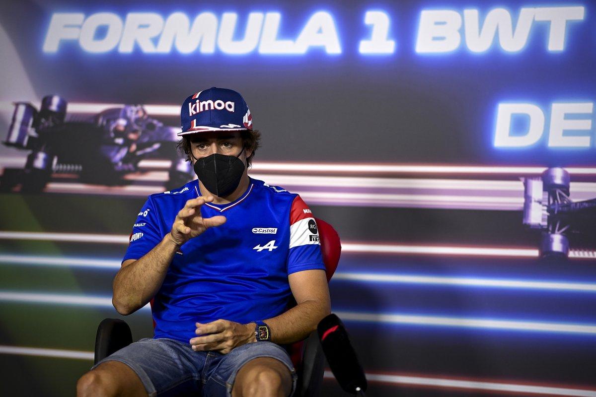 Fernando Alonso, Alpine F1 en la conferencia de prensa