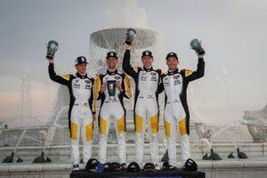 GTLM-Podium: 1. Tommy Milner, Nick Tandy, 2. Antonio Garcia, Jordan Taylor